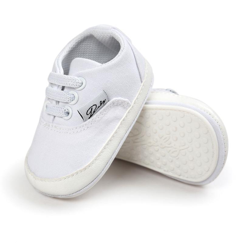 Białe trampki classic Buciki niemowlęce. Renome